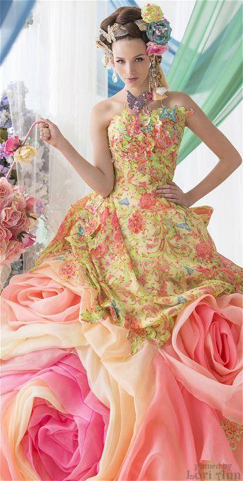 Pin by Mika S on Stello de Libero: Gorgeous Gowns ...