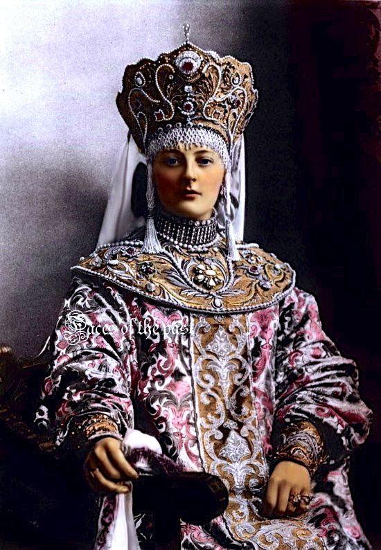 Nadezhda Dmitrievna Vonliarskaya, Countess von Carlow at the famous 1903 ball held at the Winter Palace. by ~VelkokneznaMaria.
