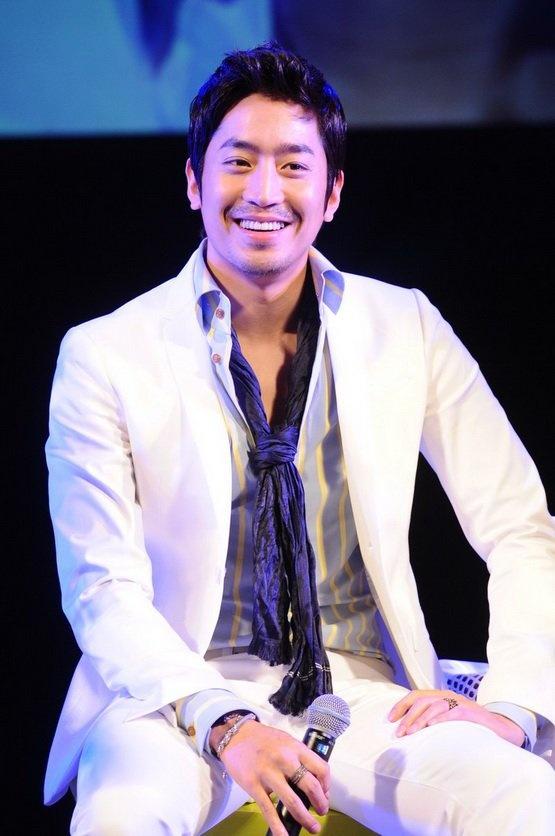 Eric of Shinhwa