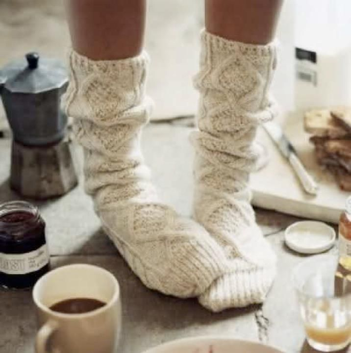 Where do I find these?!?! I want these so bad. I wonder if you could make it out of an old sweater....Or knit them