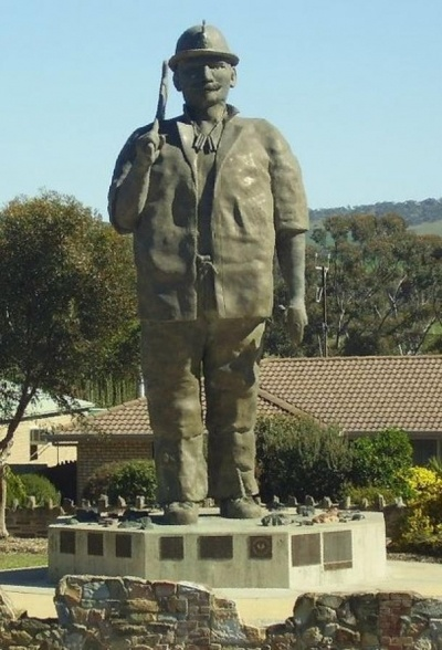 The Big Miner – Kapunda SA (8 meters x 2 meters)