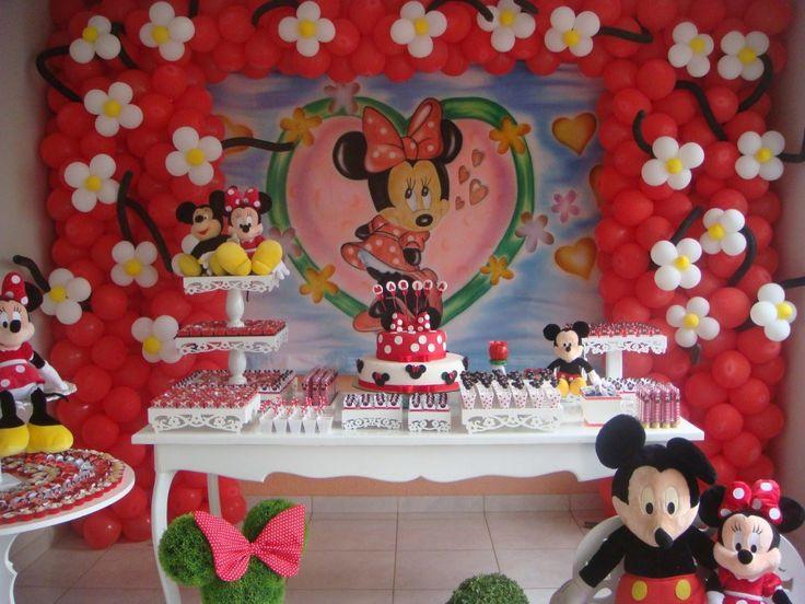 Festa super pedida entre as meninas, Festa Minnie. Confira essas 30 lindas ideias e arrase na decoração da festa da sua filha. Com certeza ela vai adorar.