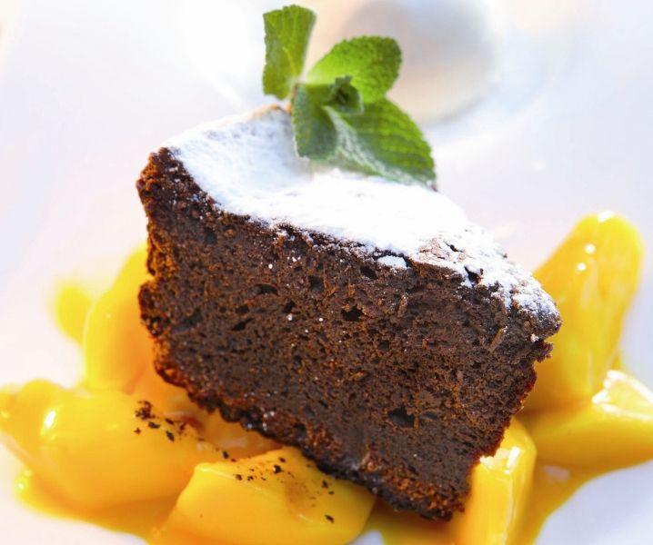 Genießen Sie das tolle Grill-Dessert von Johann Lafer.