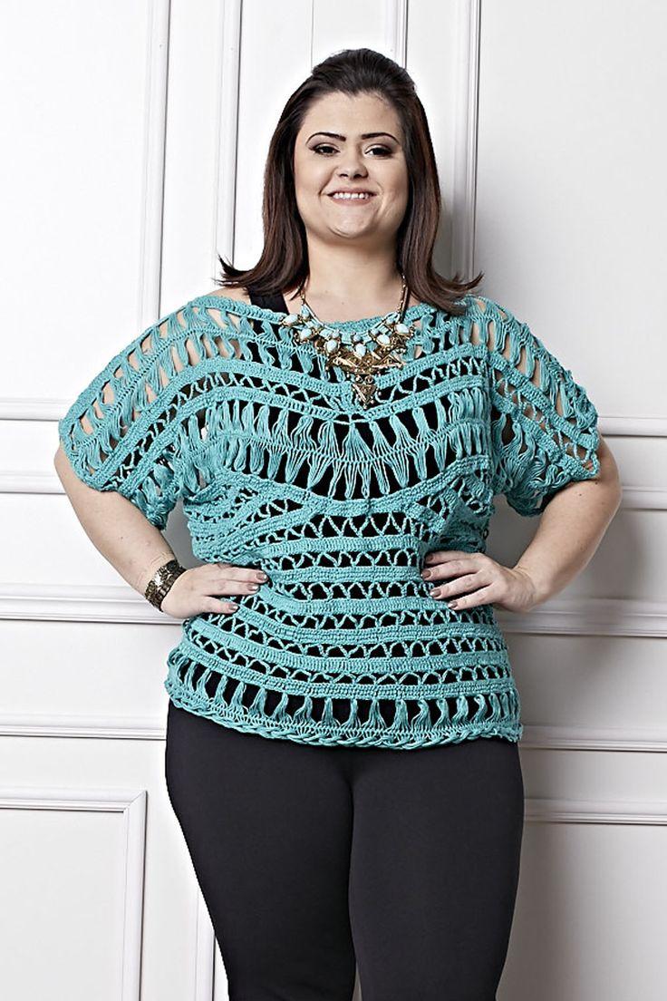 Plus Size - Blusa Verde Crochê de Grampo