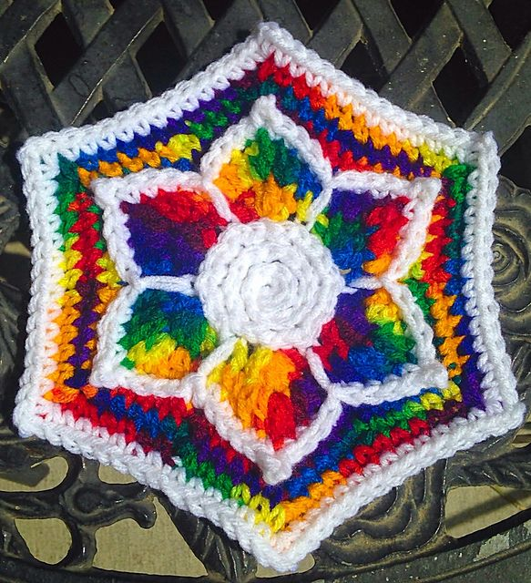Ravelry: Fabulous Flower Hexagon pattern by Cynthia L. Green