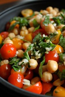 Chickpea and Tomato Salad with Fresh Basil| GreenLiteBites