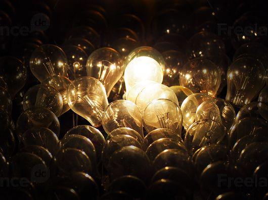Conspiracy bulbs.  #ightbulb #light #spell #energy #freelancecreative #freelancediscount #freelancer