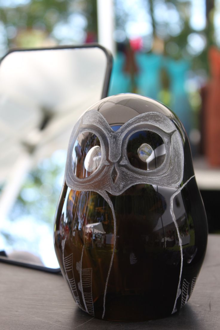 Unique Owl glass sculpture by glass artist Marja Hepo-aho. Each Owl is mouth blown and has engraved details on the surface.