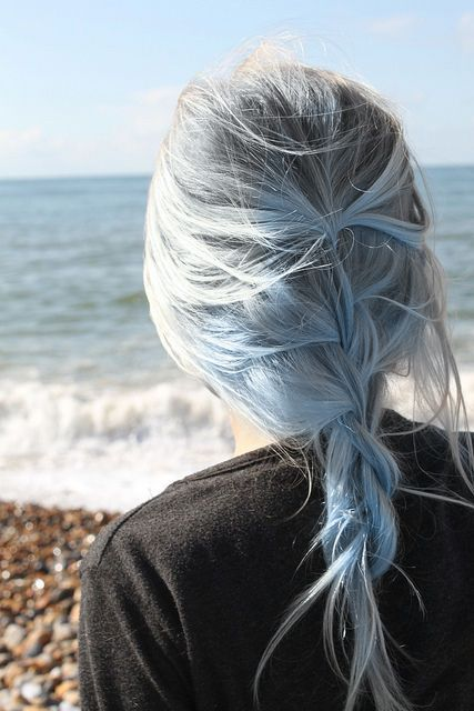 This is amazing blue-blonde hair color.