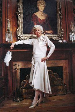 4/27/15 8:45p ''The Thorn Birds'' Barbara Stanwyck as Mary Carson Portrait 1983 images.search.yahoo.com