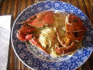 Pentole e vecchi merletti: Spaghetti con i granchi di mare