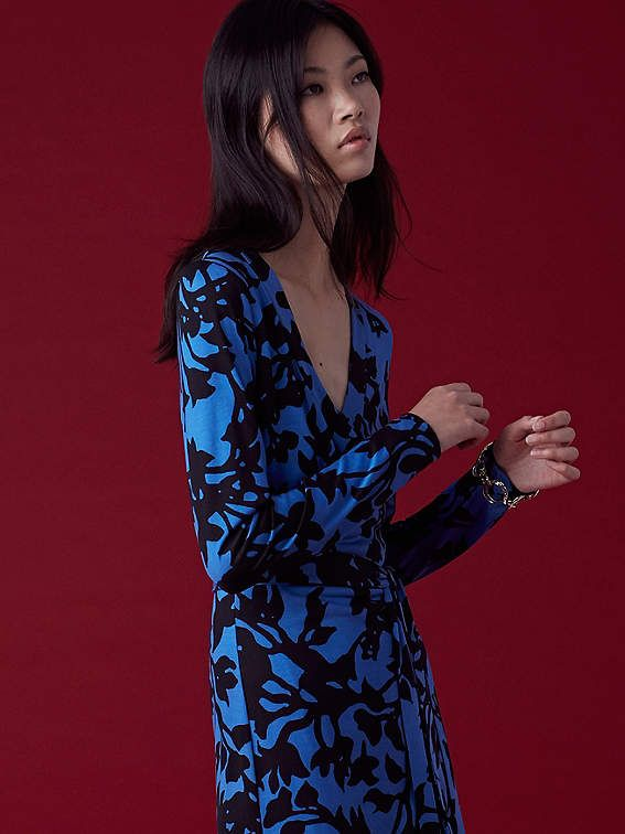 1a3c5419499 Julian Banded Silk Jersey Wrap Dress #neckline#vivid#band | Men's ...