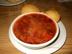BEEF and CABBAGE SOUP Shoney's Restaurant Copycat Recipe Serves 10 1 pound ground beef 1/2 head cabbage 2 celery ribs 1 bell pepp...