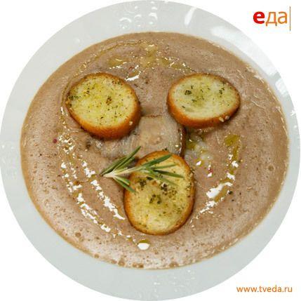 Хлебный крем-суп с грудинкой и перловой крупой