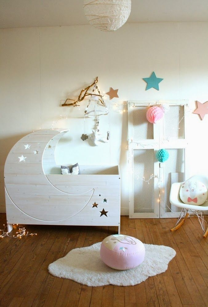 adorable crib design from creme anglaise...