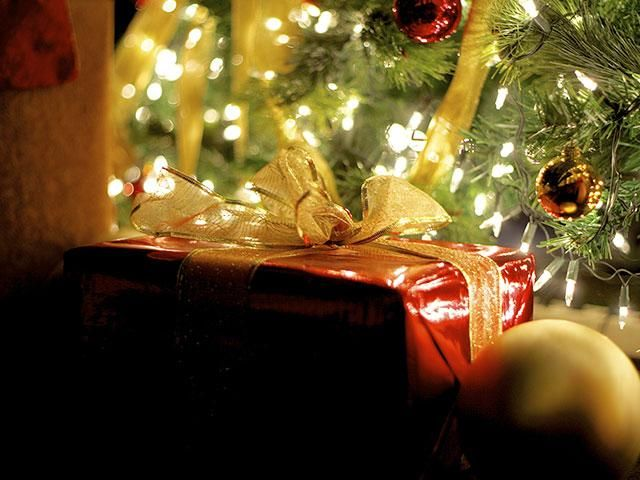 CHRISTIAN CHRISTMAS MUSIC > Christmas Radio > CBN Radio | CBN.com - variety of choices   http://www1.cbn.com/radio/christmas?cpid=RD1511261