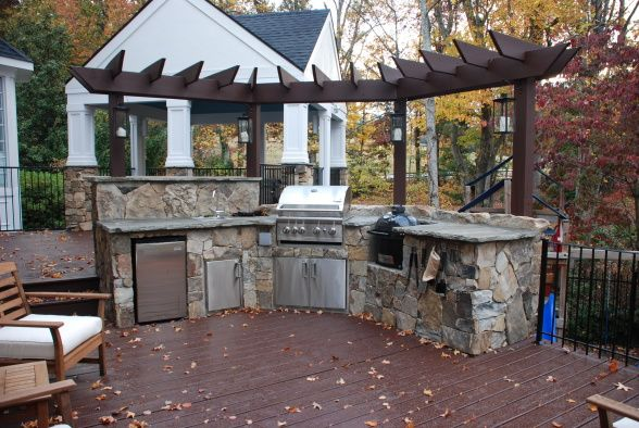 Back porch ideas the back porch bar this huge screened for Back patio porch designs