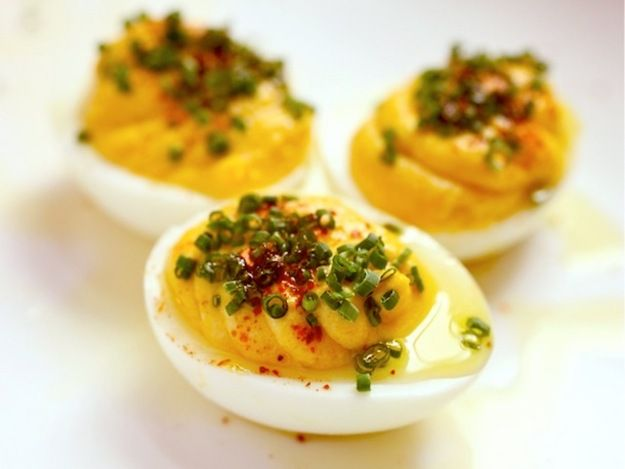 Great Deviled Eggs Shared on https://www.facebook.com/LowCarbZen | #LowCarb #Snacks