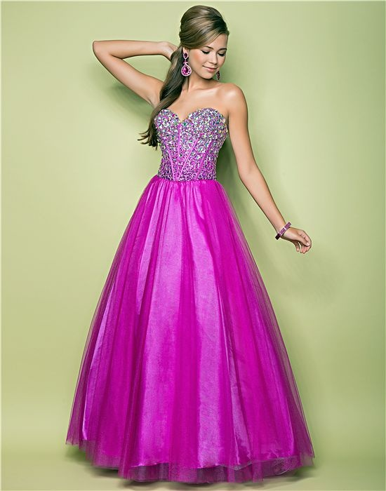 1000+ images about Great styles for Plus size prom girls ...