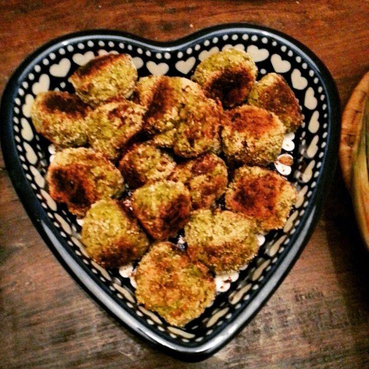 Echtgenoot maakt perfecte falafelballetjes. Gemengde gevoelens.