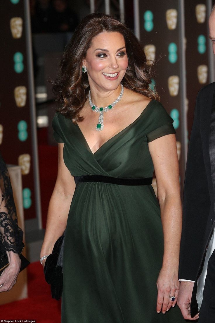 A Beautiful, Pregnant Duchess of Cambridge