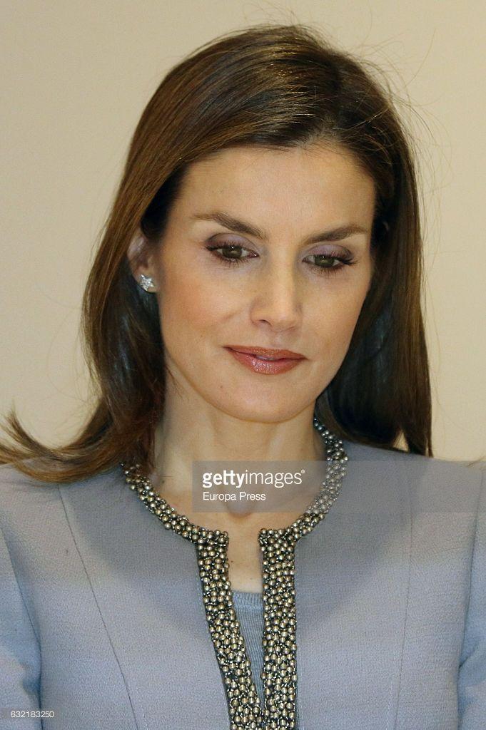 Queen Letizia of Spain attends 2016 'Tomas Francisco Prieto' Award at Casa de la Moneda on January 20, 2017 in Madrid, Spain.  (Photo by Europa Press/Europa Press via Getty Images)