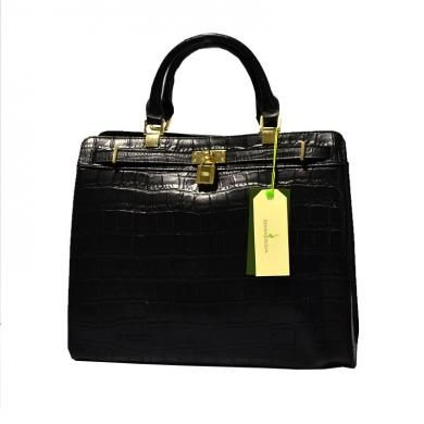 Salah satu produk dari Eerika Cecilia adalah Eerika Cecilia Classic Handbag yang merupakan tas wanita yang wajib Anda miliki untuk semakin mempercantik penampilan Anda. Ketika memakai tas ini juga, dapat membuat Anda tampil lebih percaya diri.  http://www.mncshop.co.id/jewelry-accessory/bag-wallet-fashion-props/eerika-cecilia-classic-handbag-mnc-shop