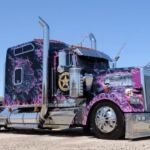 Video: Impressive Custom Big Rigs
