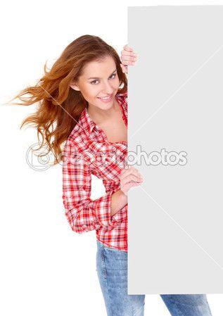 hermosa joven en ropa casual con tablero vacío — Imagen de stock #7724073