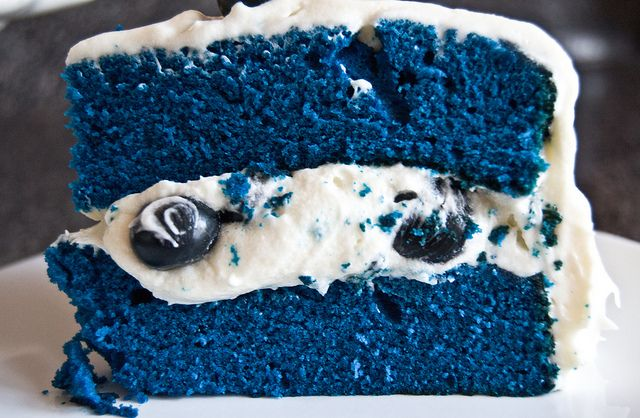 I'm a bit on the fence about blue food!: Desserts, Idea, Cookies Monsters, Blueberries Cakes, Cakes Recipes, Red Velvet, Blue Cakes, Bluevelvet, Blue Velvet Cakes