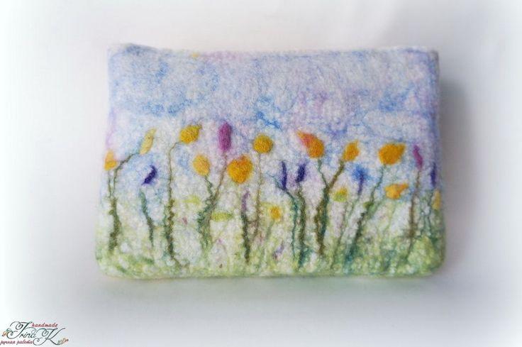 """Купить Валяная косметичка """"Там лилии цветут."""" - разноцветный, ручная работа, сумочка валяная"""