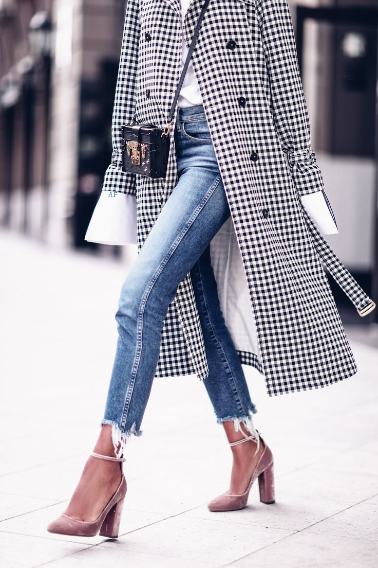 If I had to name 5 favorite things in my closet right now, the trench coat I am wearing in today's post would be right at the top of that list! Aside from the fact that I am attracted to trench coats in general ( other favorite ones here & here ), reason why this happens … Read More