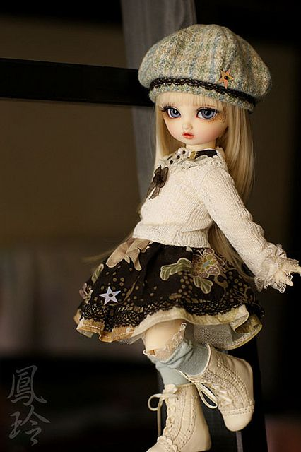 A Hint of Cream by schizocheese, via Flickr