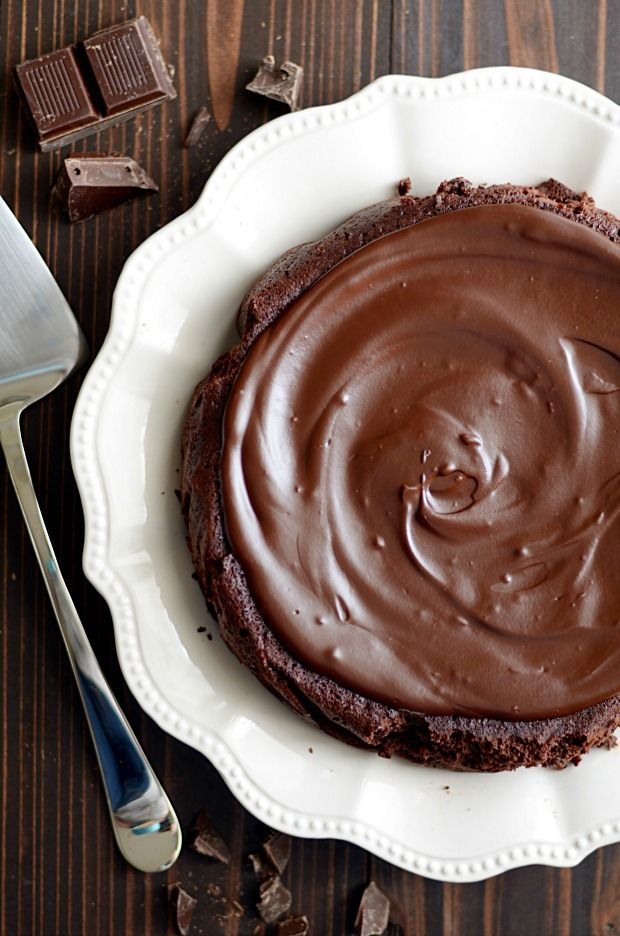 Flourless Chocolate Cake http://www.somethingswanky.com/flourless-chocolate-cake/?utm_campaign=coschedule&utm_source=pinterest&utm_medium=Something%20Swanky&utm_content=Flourless%20Chocolate%20Cake