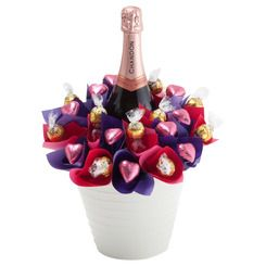 Luxury Rosé Bouquet - A beautiful luxurious bouquet of belgian chocolates and gourmet lindt balls with a bottle of Rosé, this gift is perfect for Mother's Day!
