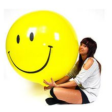 1PCS/Lot 25G Yellow Smile Large Latex Inflatable Toys Children Happy Birthday Big Huge Playable Toy Party Classic Giant Design(China (Mainland))