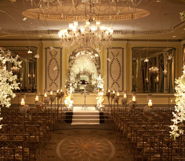 Wedding Altar Lighting: 25+ Best Ideas About Indoor Ceremony On Pinterest