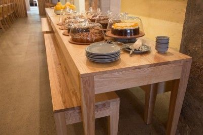 Dairy Dining Table | Thonet