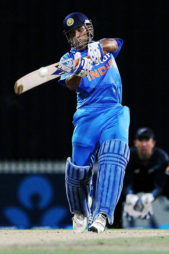 MS Dhoni of India © Anthony Au-Yeung/Getty Images