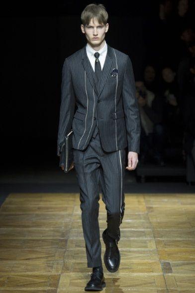Sfilata Dior Homme Milano Moda Uomo Autunno Inverno 2014-15 - Vogue