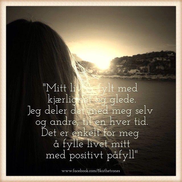 """""""Fokus på kjærlighet og glede er positivt påfyll ✨ #healing #love #light #lys #kjærlighet #glede #idag #inspirasjon #affirmasjon #positiv #påfyll #fokus"""""""