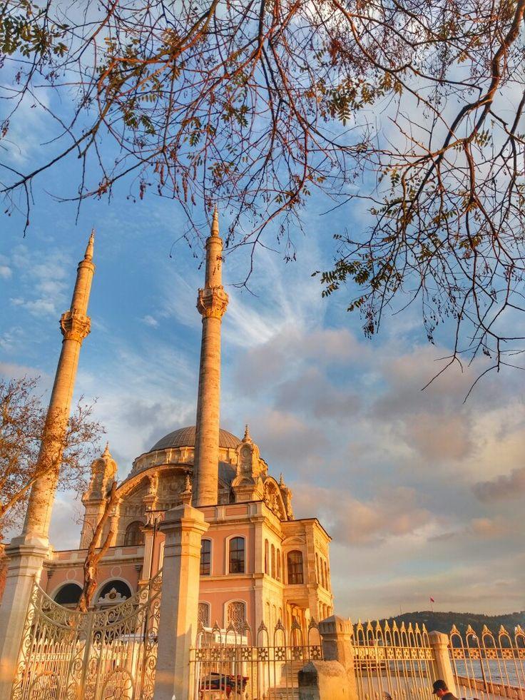 Ortaköy Büyük Mecidiye Camii İstanbul Türkiye