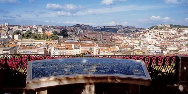 Destino de bodas. #honeymoon <. Mirador de San Pedro, Lisboa