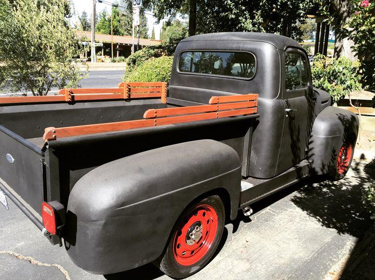 Pickup truck bed rails