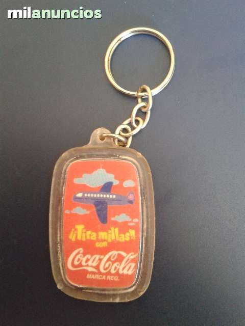 Vendo llaverito Tira millas de Coca Cola. Anuncio y más fotos aquí: http://www.milanuncios.com/llaveros-de-coleccion/coca-cola-137458638.htm