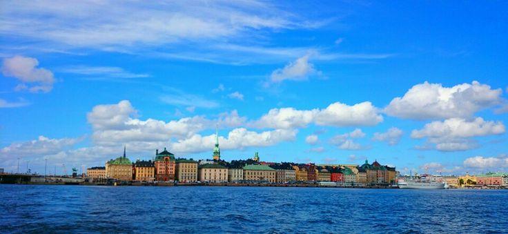 Stockholm. Fotat från båten över till gröna lund.