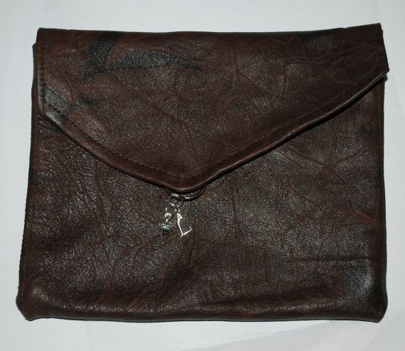 Leonora handmade leather clutch