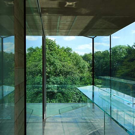 London based architects eldridge smerin have completed a house overlooking a cemetery in london
