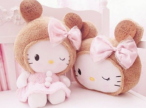 Hello Kitty bear with bow