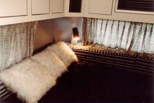 Elvis' tour bus, it looks so comfy, I would love to have gone cruising in this. 1984